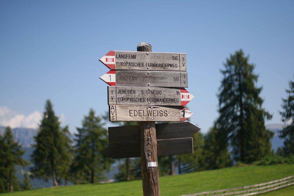 La stagione ideale per l'escursionismo